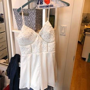 Other - Adorable romper size small